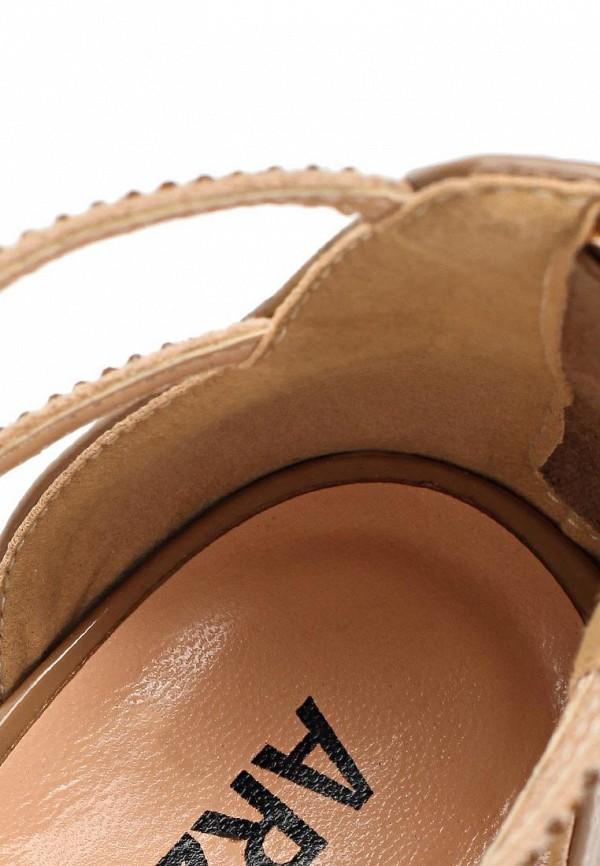 фото Сандали женские на каблуке ARZOmania AR204AWBDR86, бежевые