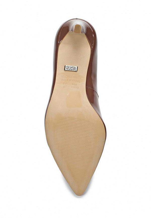 фото Туфли на среднем каблуке Buffalo London BU902AWARK99, коричневые (лаковая кожа)