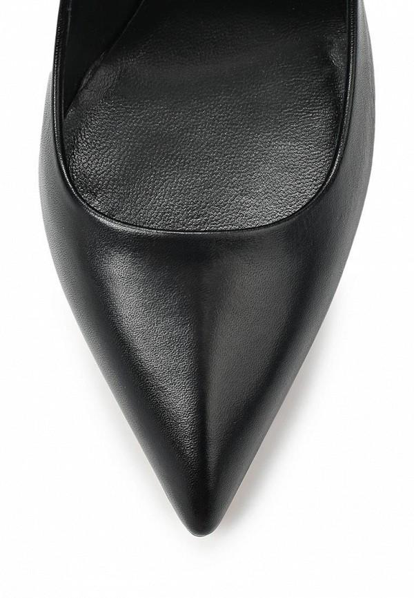 фото Туфли на высоком каблуке Casadei CA559AWAUF71, черные кожаные