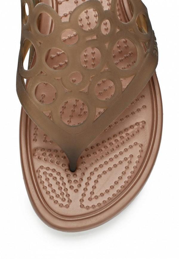 фото Сабо женские Crocs CR014AWAUU84, бежевые