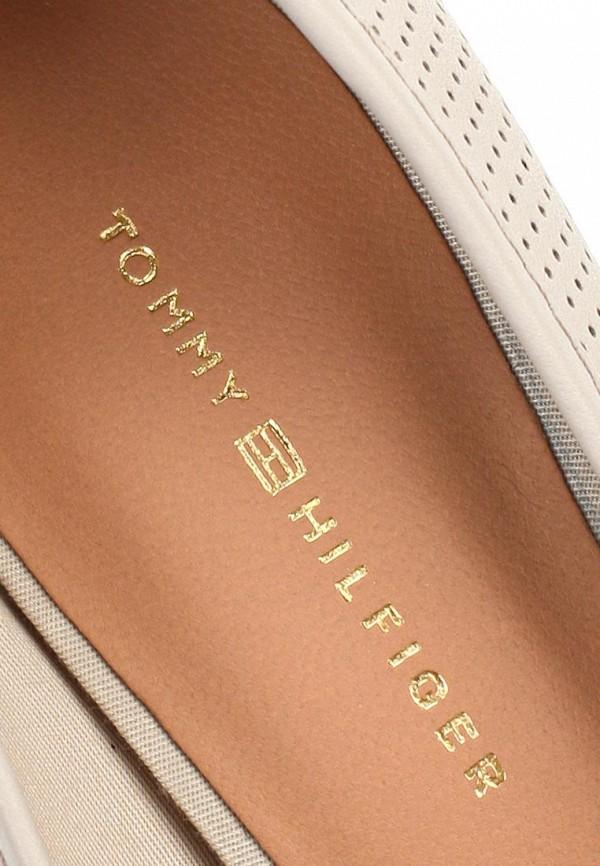 фото Туфли на толстом каблуке Tommy Hilfiger TO263AWAVJ65, коричнево-белые