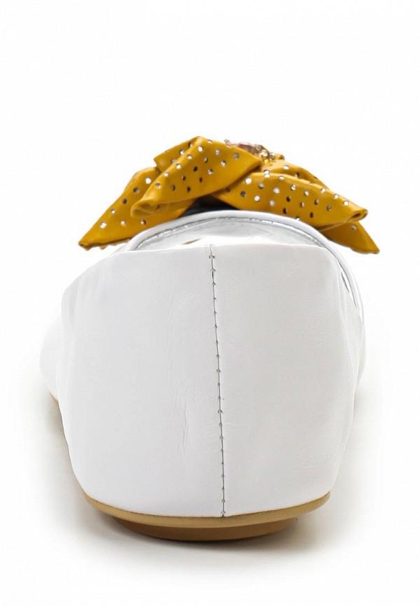 фото Балетки с открытым носом Vitacci VI060AWAJT96, белые кожаные